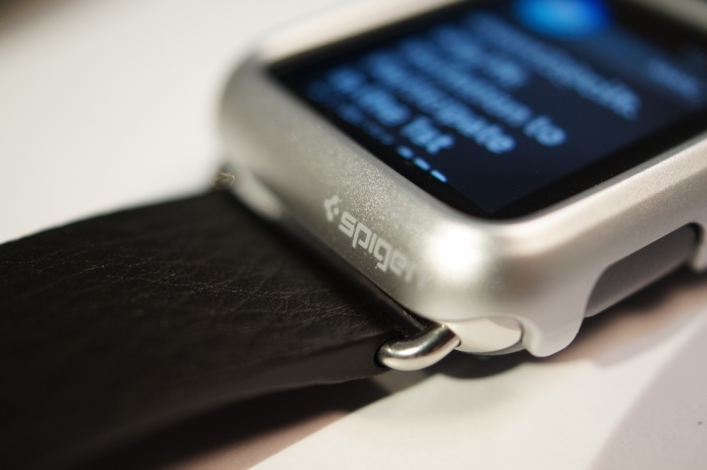 spigen apple watch case leather band