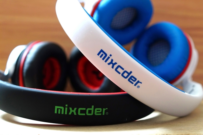 Mixcder ShareMe 7 Headphones
