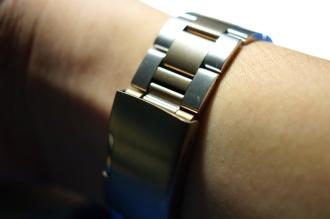 Monowear Gold Metal Link 08