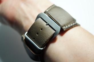 BuonGustoItaliano Handmade Leather Cuff Apple Watch Band 09