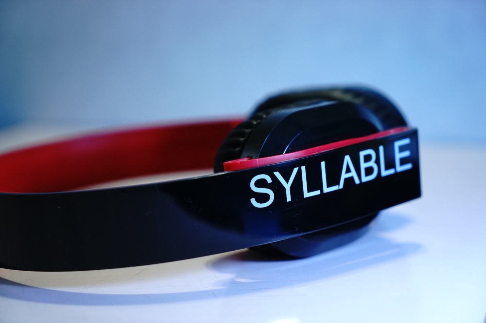 Syllable G600 -06