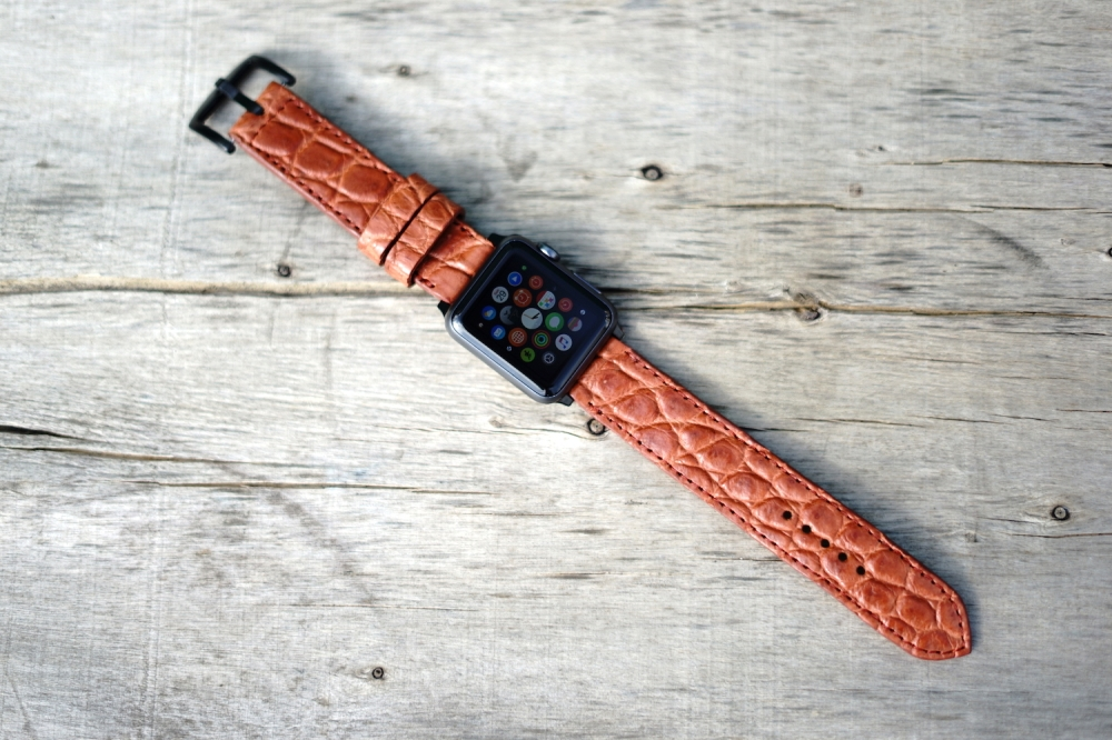 Lac Crado Apple Watch Leather Bands 02.JPG
