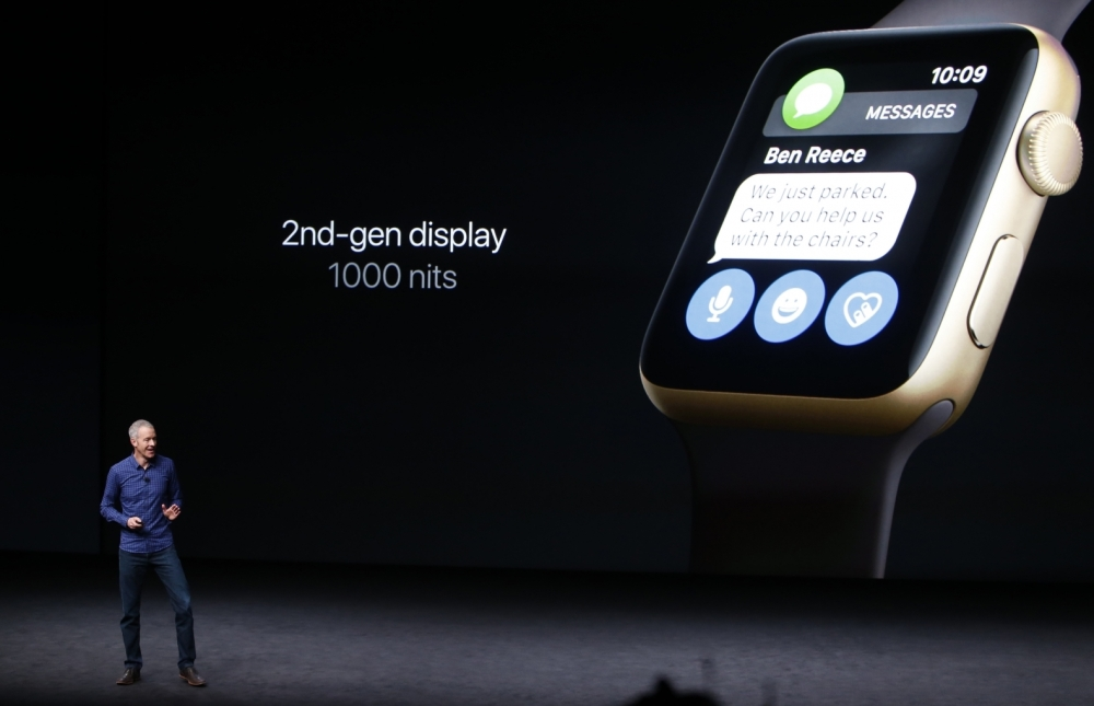 apple-watch-series-2 screen bright.jpg