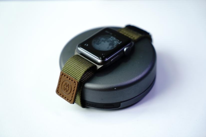 monowear-nylon-active-apple-watch-band-03