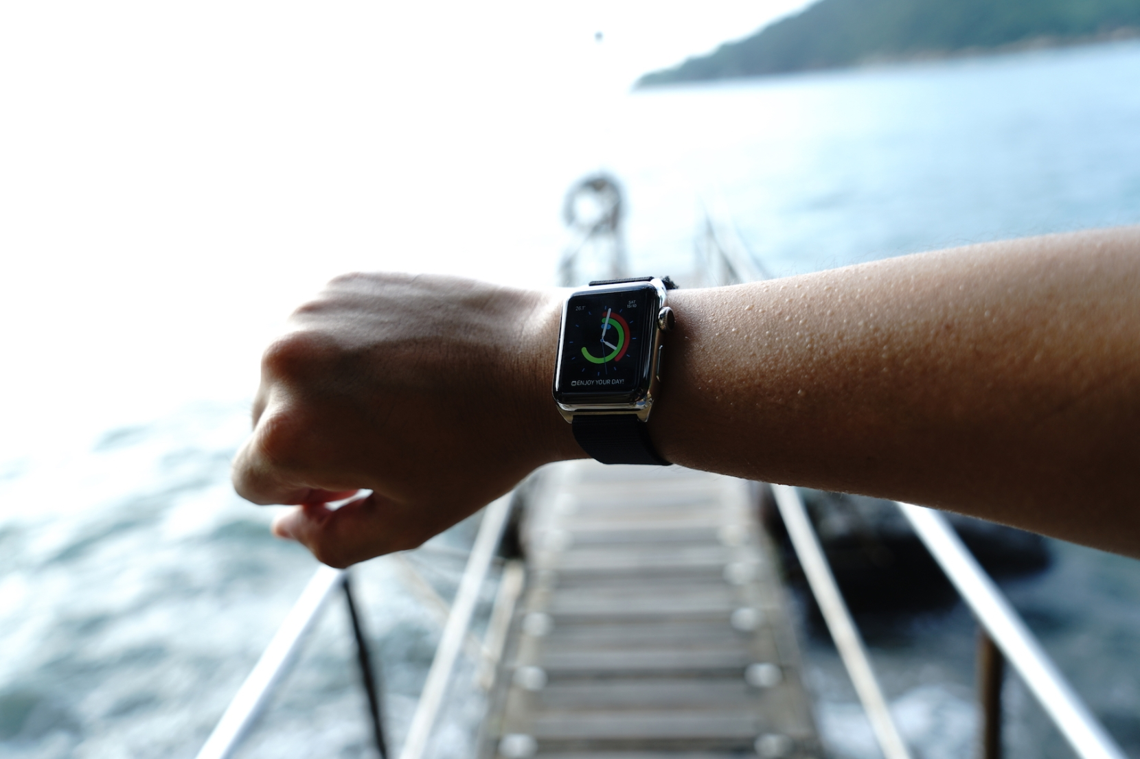 monowear-nylon-active-apple-watch-band-15