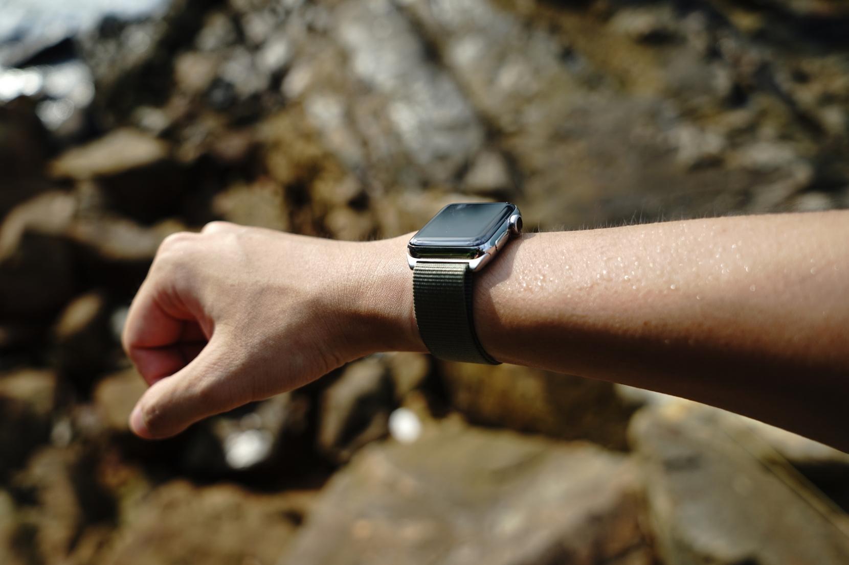 monowear-nylon-active-apple-watch-band-19