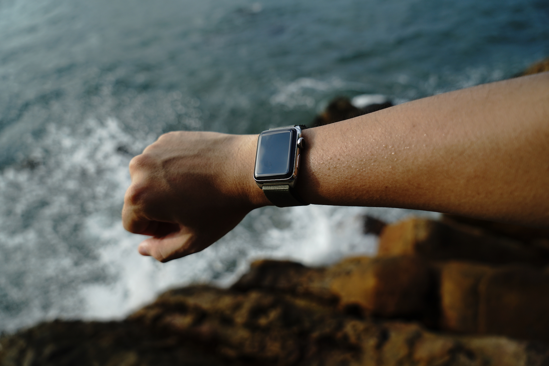 monowear-nylon-active-apple-watch-band-20