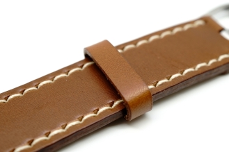 outline-leather-satchel-brown-apple-watch-strap-10