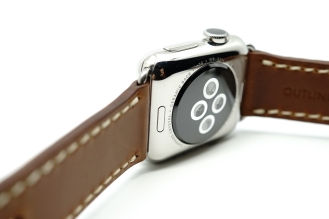 outline-leather-satchel-brown-apple-watch-strap-21