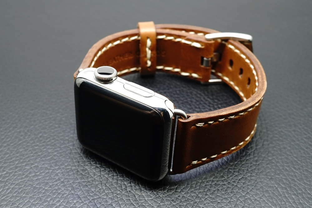 Outline Leather Satchel Brown Apple Watch Strap 30.JPG