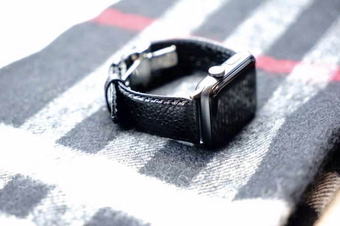 sonamu-italian-caviar-leather-apple-watch-band-2