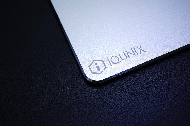 iqunix-pad-1
