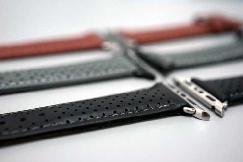 Monowear Perforated Leather 10
