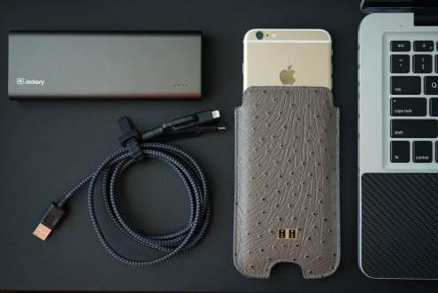 Review Nomad Leather Case For Iphone 7 Plus And Bi Fold
