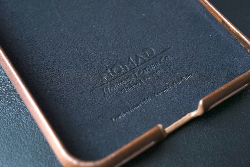Nomad Leather Case 06