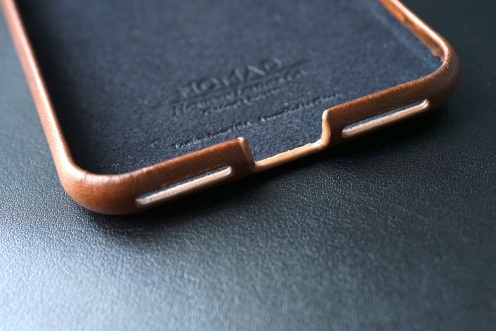 Nomad Leather Case 07