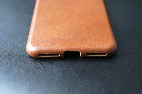 Nomad Leather Case 11