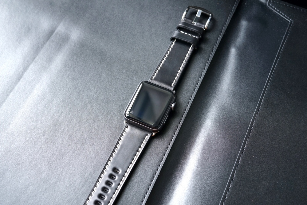 BandWerk Leather Apple Watch Band 10