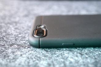 Caudabe iPhone 8 Case 00