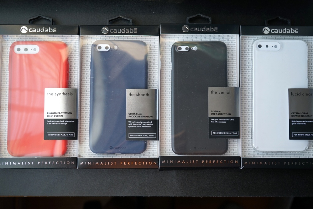 Caudabe iPhone 8 Case 01