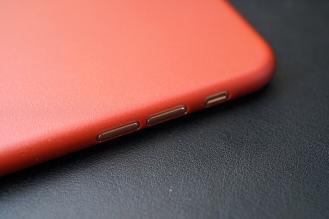 Caudabe iPhone 8 Case 11