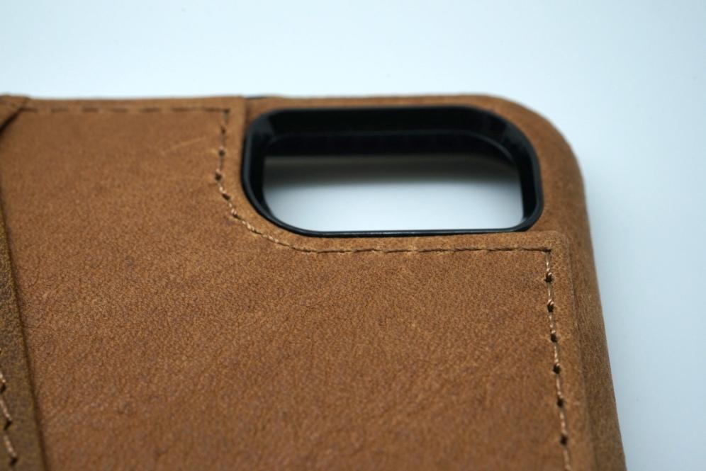SENA Lugano Wallet Case 60