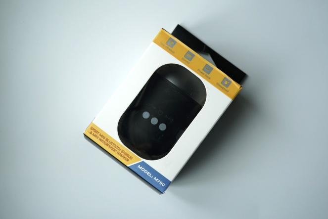 Wireless Bluetooth Earbuds Speaker 01